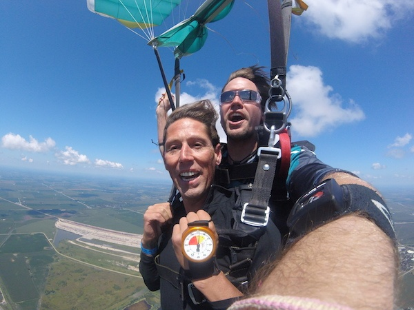 Tandem Skydiving Guide & FAQ | Chicagoland Skydiving Center
