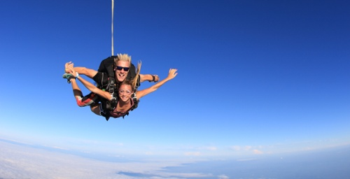 my-first-skydiving-experience-header