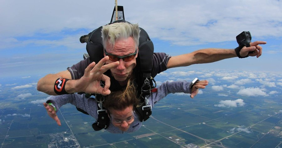 how-safe-is-skydiving-compared-to-other-sports