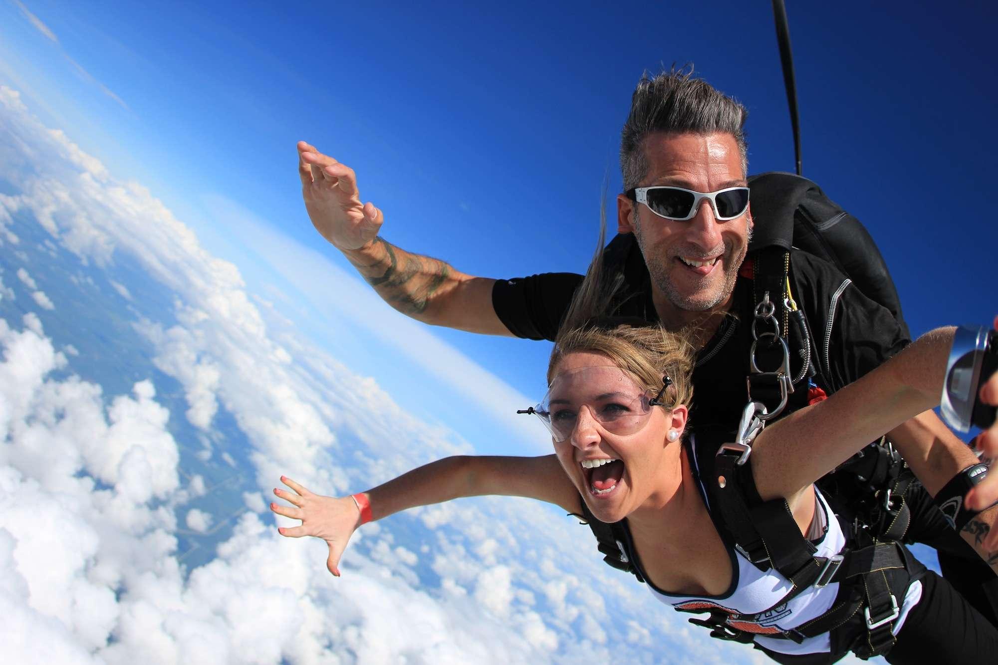 Tandem Skydiving - Is Skydiving Safe?   Chicagoland